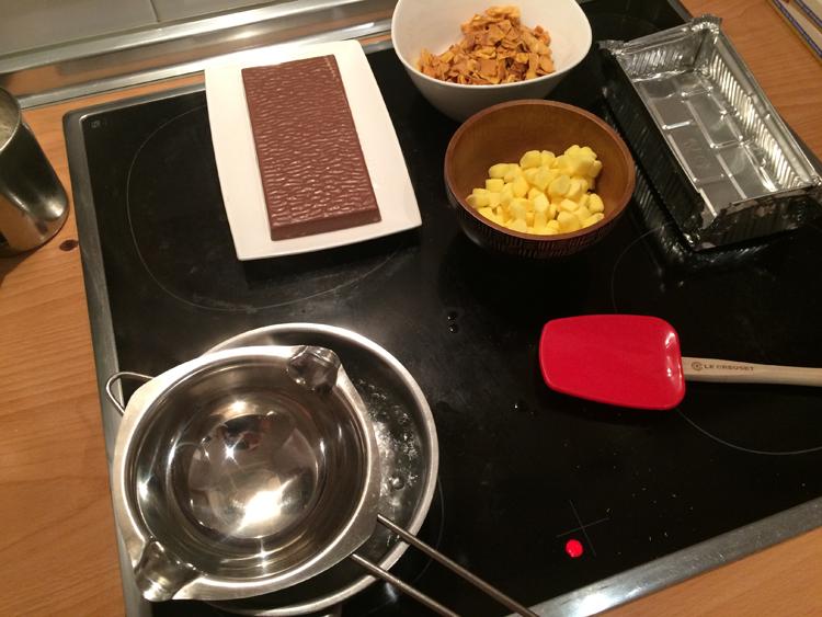 Los ingredietnes del turrón de plátano